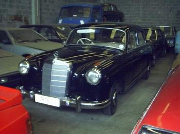 Mercedes 219
